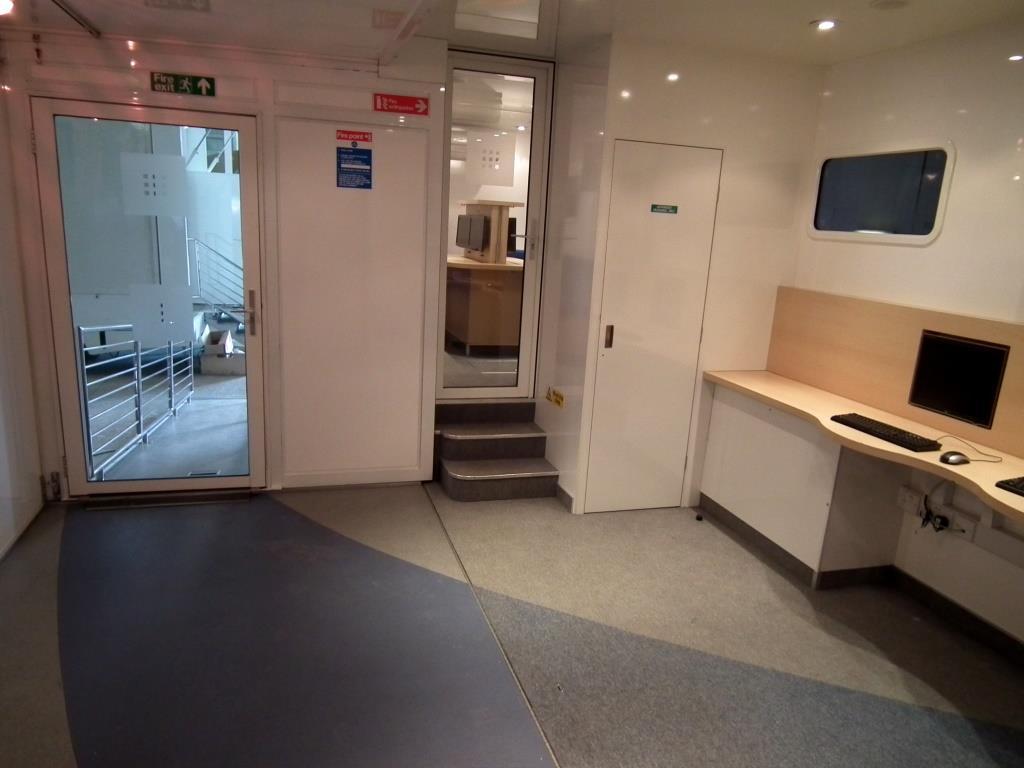 2-main-room